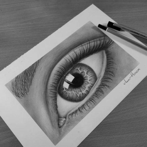 Realisitc EYE drawing